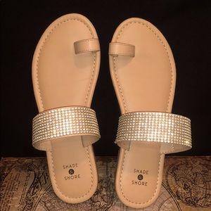 Shade & Shore tan sandals with rhinestones Sz 7